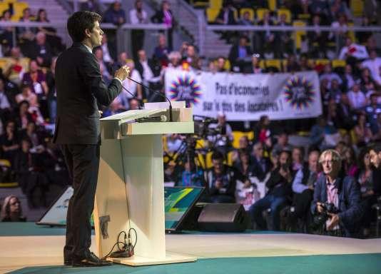 Le secrétaire d'Etat à la cohésion des territoires, Julien Denormandie, lors d'un discours devant le congrès des HLM, le 28 septembre 2017 àStrasbourg.