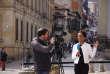 Liliana Valencia, journaliste colombienne membre de la rédaction hispanophone de France 24, en reportage dans les rues de Bogota