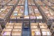 Des milliers de robots s'activent dans les entrepôts du géant chinois du commerce en ligne, Alibaba, comme chez son concurrent américain, Amazon.
