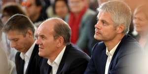 Gil Averoux, le maire de Chateauroux, Daniel Fasquelle, député du Pas-de-Calais et Laurent Wauquiez, présidentduconseil régional d'Auvergne-Rhône-Alpes et vice-président de LR (le 30 septembre 2017 à la Fête de la violette à Souvigny-en-Sologne (Loir-et-Cher).