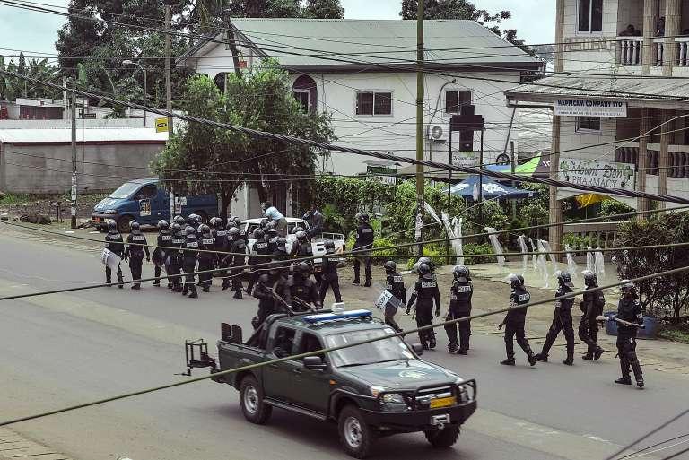 Un important dispositif de sécurité est déployé à Buea, chef-lieu du sud-ouest du Cameroun, le 1er octobre.