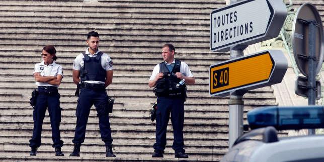 Marseille Deux Morts La Gare Saint Charles Dans Une