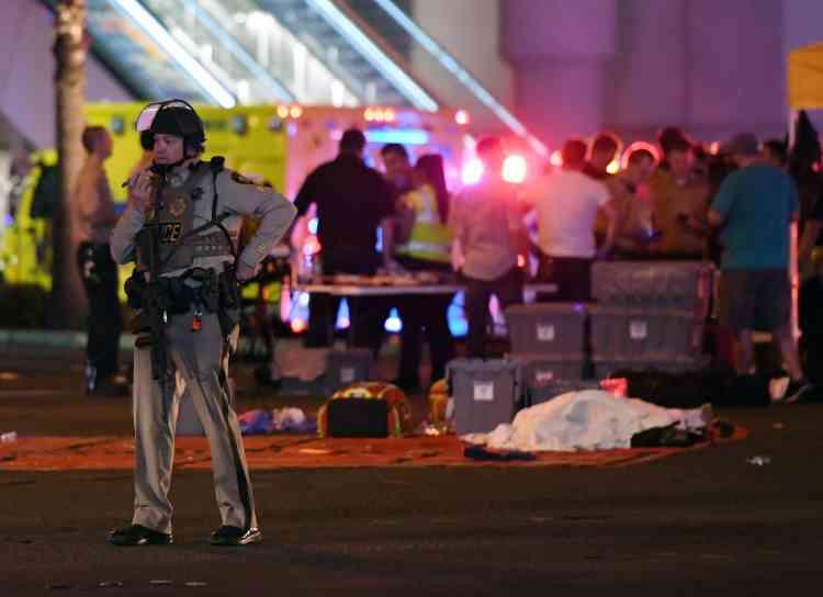 Les circonstances de cette fusillade restent floues et les mobiles du tireur encore inconnus.