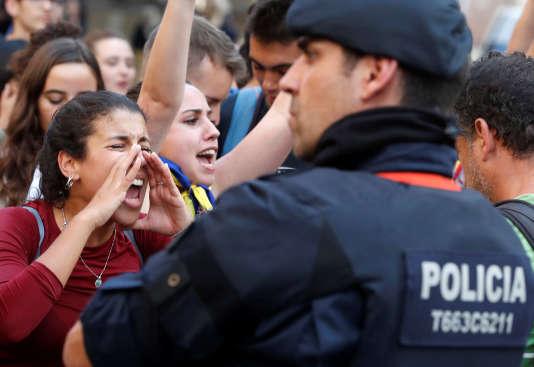 La grève générale du 3 octobre entend dénoncer les violences policières commises durant le référendum d'indépendance de dimanche.