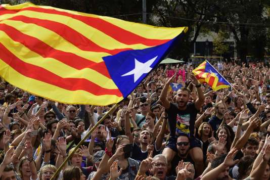 Une manifestation de Catalans en faveur de l'indépendance le 2 octobre à Barcelone.