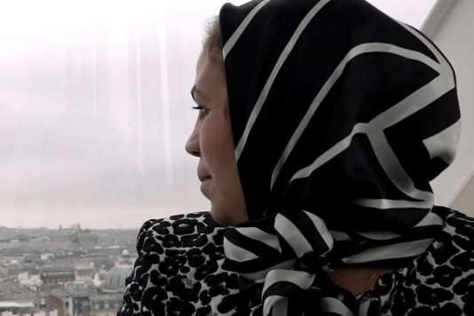 Latifa Ibn Ziaten dans le documentaire français deCyril Brody et Olivier Peyon,«Latifa,le cœur au combat».