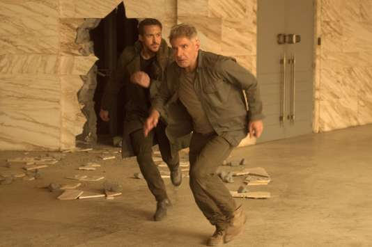 Ryan Gosling etHarrison Ford dans«Blade Runner 2049», de Denis Villeneuve.