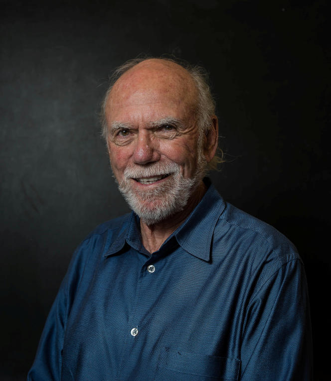Le physicien Barry Barish du California Institute of Technology (Caltech).