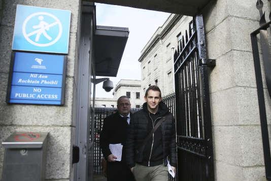 Max Schrems, à la sortie de la Haute Cour de Dublin, le 3 octobre.