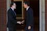 Mariano Rajoy, chef du gouvernement, et Pedro Sanchez, chef de file des socialistes, le 2 octobre à Madrid.