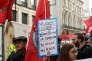 Manifestation contre la firme Uber, pour défendre le droit des travailleurs, à Londres, le 27 septembre.
