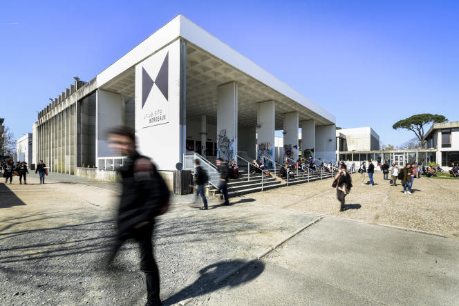 Vue de l'université de Bordeaux.