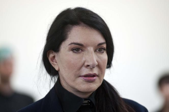 L'artiste Marina Abramovic lors d'une conférence de presse à Londres en juin 2014.
