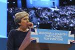 Alors qu'il devait lui permettre de rebondir politiquement, le discours de la première ministre britannique devant le congrès conservateur a tourné au cauchemar.