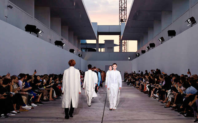 Défilé Jil Sander, collection printemps-été 2018 à Milan, le 23 septembre.