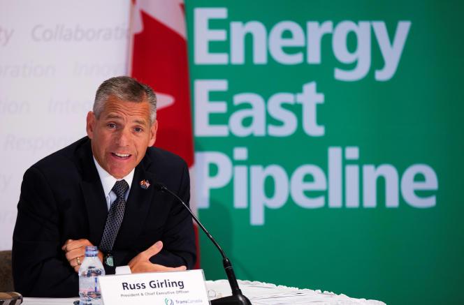 Le président de TransCanada, Russ Girling annonce la création du pipeline Energy East, le 1er août 2013 à Calgary (Alberta).
