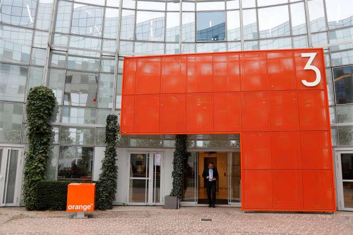 L'immeuble de la divion cyberdéfénse d'Orange (anciennementFrance Télécom), à Nanterre.
