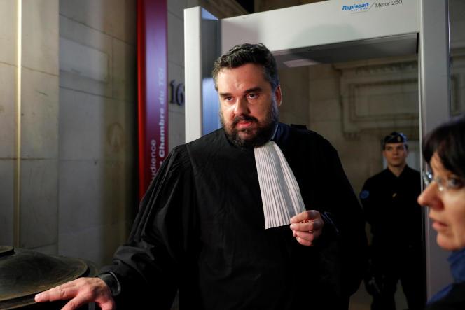 Thomas Klotz, l'avocat de Christine Rivière, au palais de justice de Paris, le 5 octobre.