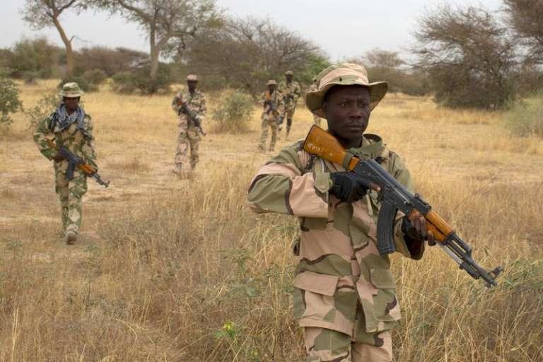 Des soldats nigérians lors de l'exercice militaire international Flintlock, dirigé par les Etats-Unis, à Diffa (Niger), le 3 mars 2014.