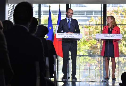 Le premier ministre Edouard Philippe et la garde des sceaux Nicole Belloubet, àNantes, le 6 octobre.
