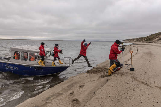 Depuis 1998, des chercheurs allemands se relaient chaque année dans le delta de la Léna pour étudier les sols gelés.
