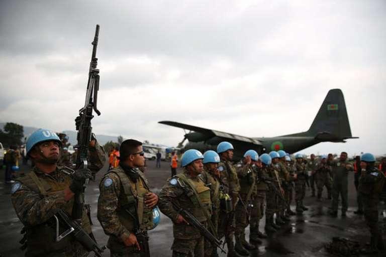 Des casques bleus de la mission de l'ONU en RDC, en partance pour la province de l'Ituri, en 2016.