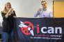 « Le prix Nobel de la paix, attribué à ICAN-International, qui se bat pour l'interdiction de l'arme nucléaire est un encouragement appréciable pour toutes les associations et ONG qui militent depuis des années pour le désarmement nucléaire». (Photo : Beatrice Fihn (à gauche), directrice exécutive de l'ICAN, et Daniel Hogsta, coordinateur de l'ICAN, fêtent leur prix Nobel au siège de laCoalition internationale pour l'abolition des armes nucléaires regroupantprès de 500 ONG. L'ICAN est à l'origine d'un traité qu'aucun pays de l'OTAN ou membre permanent du Conseil de sécurité de l'ONU n'a voté. A Genève, le 6 octobre).