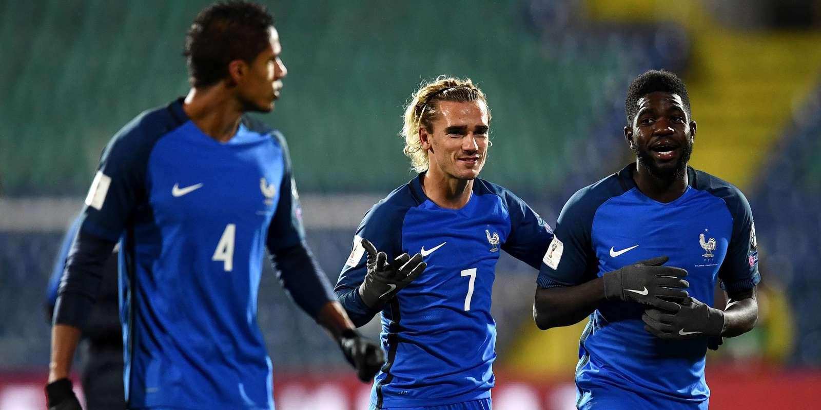 Raphael Varane, Antoine Griezmann et Samuel Umtiti, lors du match face à la Bulgarie.