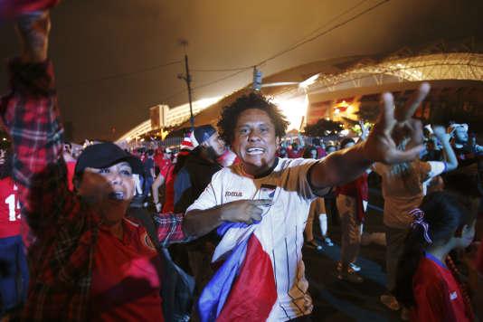 Les supporteurs du Costa Rica sont heureux : leur équipe nationale est qualifiée pour la Coupe du monde 2018.