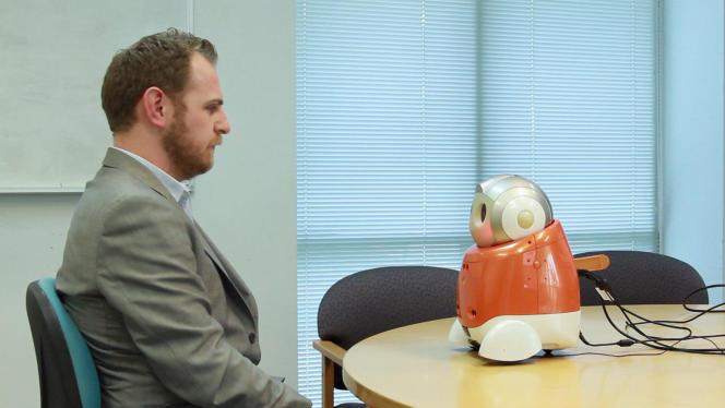Le robot «émotionnel» Matilda est testé pour des recrutements DRH en Australie.