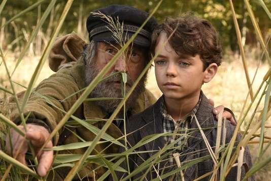 François Cluzet et Jean Scandel dans le film français de Nicolas Vanier,«L'Ecole buissonnière».