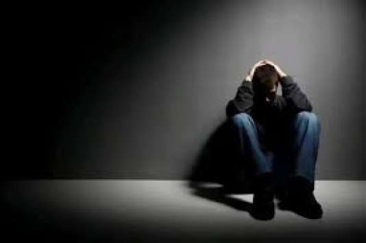 «En France, les problèmes de santé mentale représentaient 15 % des dépenses de la Caisse nationale de l'assurance-maladie des travailleurs salariés en2011, soit 22,6milliards d'euros.»