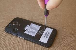 Réparer soi-même son smartphone suppose de se poser quelques questions au préalable.