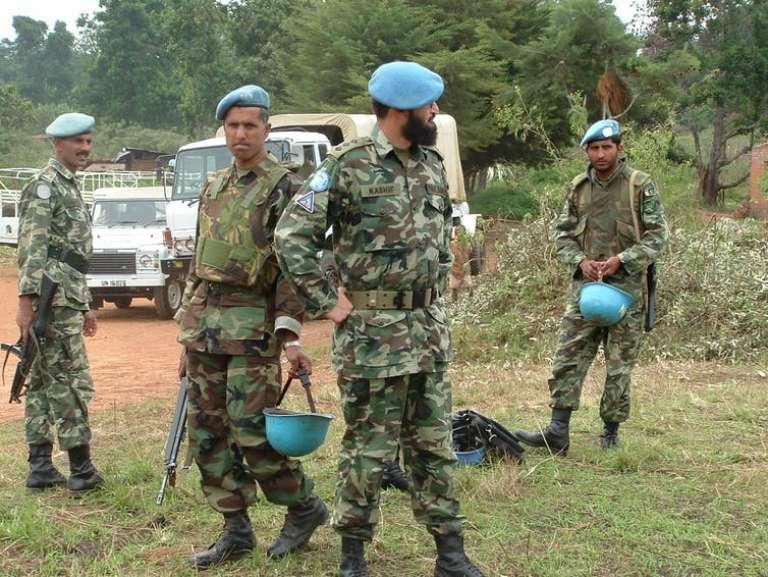 Des casques bleus pakistanais en Ituri, dans l'est du Congo, en 2004.