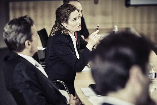 Emmanuelle Devos dans le film français de Tonie Marshall,« Numéro Une».