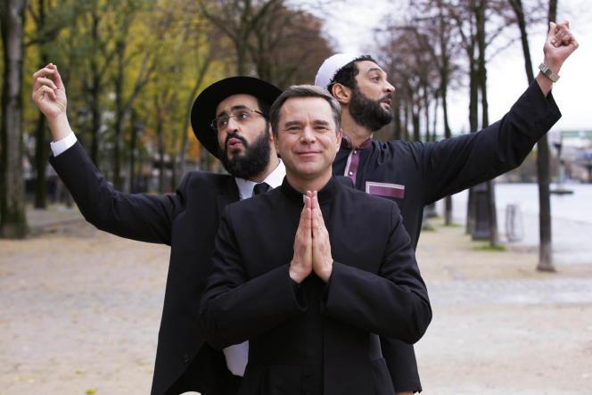 Jonathan Cohen, Guillaume de Tonquédec et Ramzy Bedia dans le film français de Fabrice Eboué,«Coexister».