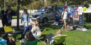 Vendredi 6 octobre, l'Erasbus (au fond) a fait étape à Avignon, dans le Vaucluse.