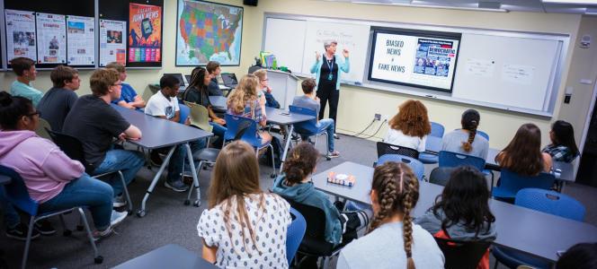 L'objectif de cette formation de moins de deux heuresconsiste à donner aux lycéens des réflexes pour repérer un bobard.
