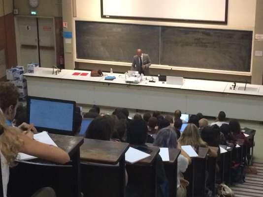 Amphithéatre à l'université de Strasbourg, septembre 2017.