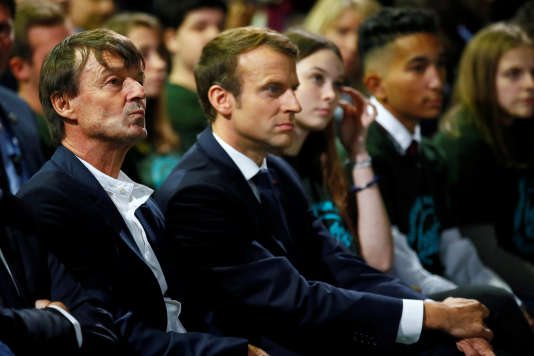 Nicolas Hulot et Emmanuel Macron, à Rungis (Val-de-Marne), le 11 octobre.