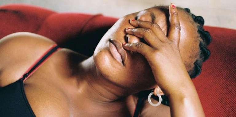 Véro Tshanda Beya Mputu dans le rôle de Félicité.