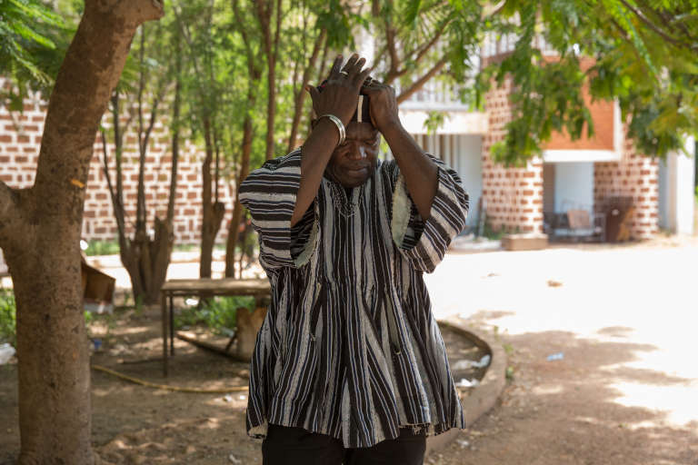 Seul rescapé de l'attaque du 15octobre 1987, Alouna Traoré au Conseil de l'entente, à Ouagadougou, le 26 septembre.