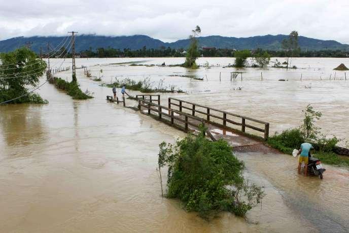Le Vietnam, annuellement balayé par la mousson, a déjà connu l'un des typhons les plus puissants de ces dernières années à la mi-septembre.