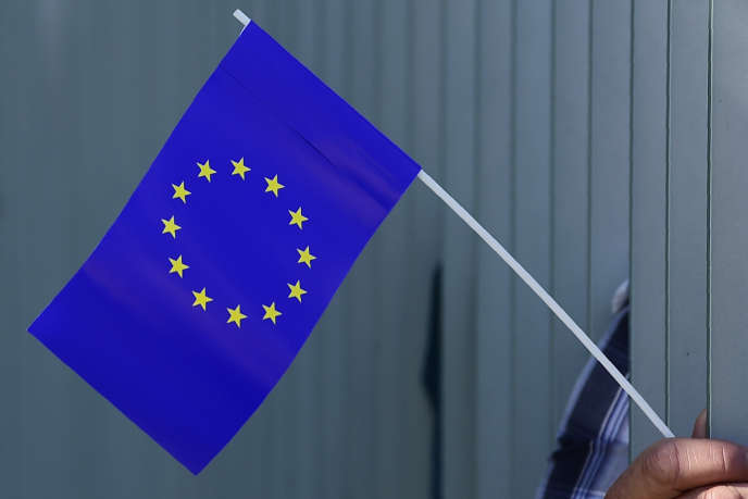 Le Drapeau Européen A T Il Une Origine Catholique