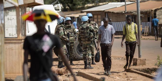 Des casques bleus de la Minusca à Bangui, en Centrafrique, en décembre 2015.