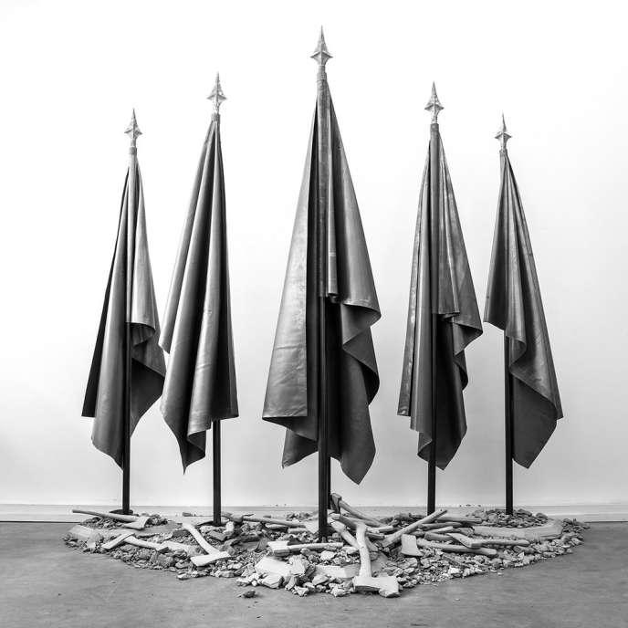 «Grand Europa» (2017), de Raphaël Denis, propositions et dimensions variables, acier, plomb, béton.