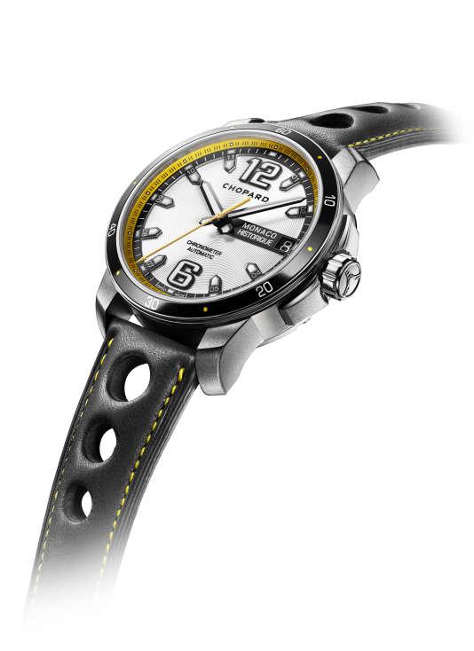 Un bracelet racing sur la Chopard Mille Miglia Monaco Historique.