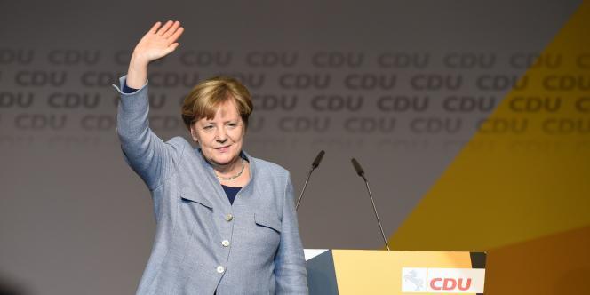 Angela Merkel en meeting le 13 octobre.