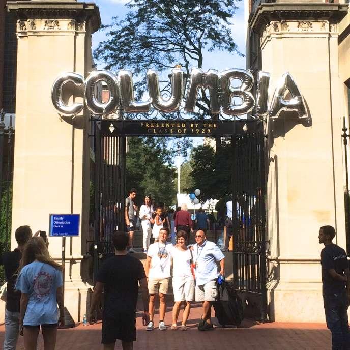 Un des portails d'accès au campus de Columbia, décoré pourl'accueil des étudiants de première année, les «freshmen».