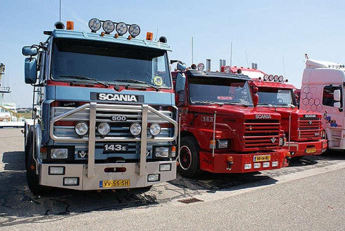 """« En Europe, un événement baptisé """"European Truck Platooning Challenge""""est organisé par les grands constructeurs de poids lours tous les ans pour démontrer les avantages du""""platooning"""" (camions qui roulent en peloton)»."""